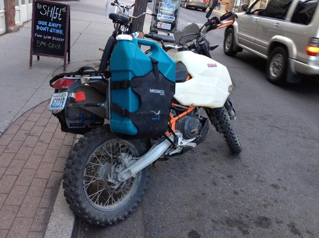 mosko-moto-motorcycle-soft-bags-dualsport-offroad-adventure-soft-luggage-pannier-duffle-ktm-bmw-klr-rackless-reckless-tank-bag-adventure-jacket-pants-jersey-BMW Atacama-6-1-17 (22)
