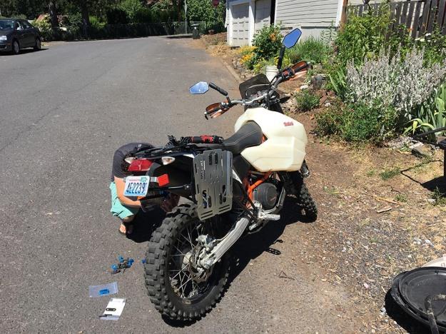 mosko-moto-motorcycle-soft-bags-dualsport-offroad-adventure-soft-luggage-pannier-duffle-ktm-bmw-klr-rackless-reckless-tank-bag-adventure-jacket-pants-jersey-BMW Atacama-7-16-17 (48)