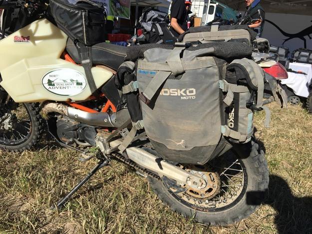 mosko-moto-motorcycle-soft-bags-dualsport-offroad-adventure-soft-luggage-pannier-duffle-ktm-bmw-klr-rackless-reckless-tank-bag-adventure-jacket-pants-jersey-BMW Atacama-UNRally (77)