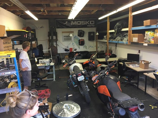 mosko-moto-motorcycle-soft-bags-dualsport-offroad-adventure-soft-luggage-pannier-duffle-ktm-bmw-klr-rackless-reckless-tank-bag-adventure-jacket-pants-jersey-BMW Atacama-8-18-17 (11)