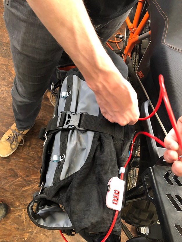 mosko-moto-motorcycle-soft-bags-dualsport-offroad-adventure-soft-luggage-pannier-duffle-ktm-bmw-klr-rackless-reckless-tank-bag-adventure-jacket-pants-jersey-BMW Atacama-4-17-18 ( (16)