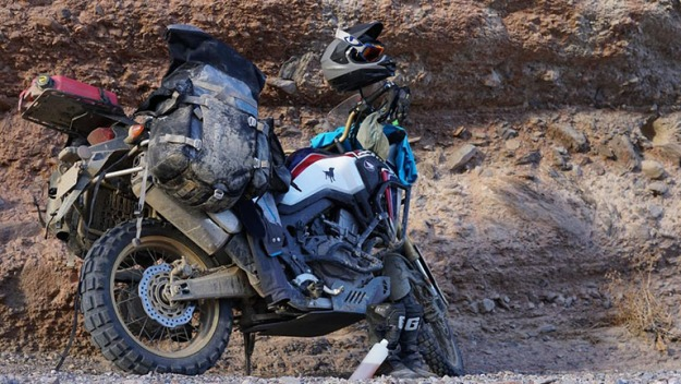 mosko-moto-motorcycle-soft-bags-dualsport-offroad-adventure-soft-luggage-pannier-duffle-ktm-bmw-klr-rackless-reckless-tank-bag-adventure-jacket-pants-jersey-BMW Atacama-4-17-18 ( (48)