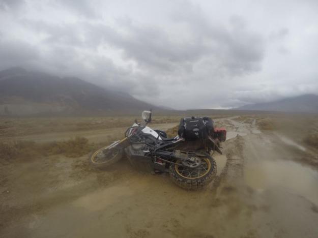 mosko-moto-motorcycle-soft-bags-dualsport-offroad-adventure-soft-luggage-pannier-duffle-ktm-bmw-klr-rackless-reckless-tank-bag-adventure-jacket-pants-jersey-BMW Atacama-4-17-18 ( (49)