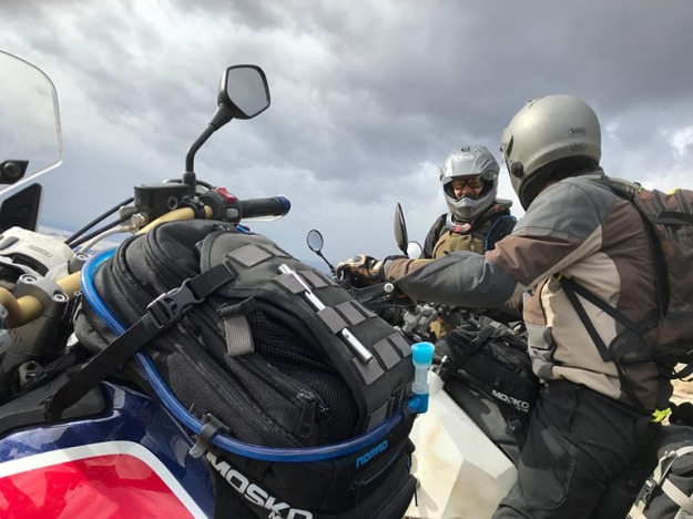 mosko-moto-motorcycle-soft-bags-dualsport-offroad-adventure-soft-luggage-pannier-duffle-ktm-bmw-klr-rackless-reckless-tank-bag-adventure-jacket-pants-jersey-BMW Atacama-4-17-18 ( (50)