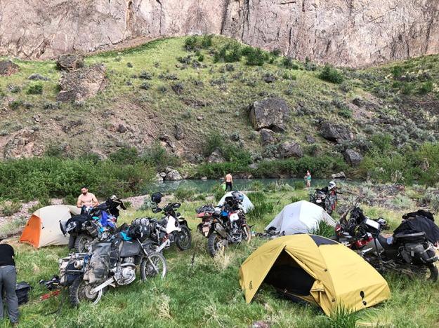 mosko-moto-motorcycle-soft-bags-dualsport-offroad-adventure-soft-luggage-pannier-duffle-ktm-bmw-klr-rackless-reckless-tank-bag-adventure-jacket-pants-jersey-BMW Atacama-5-18-18 ( (77)