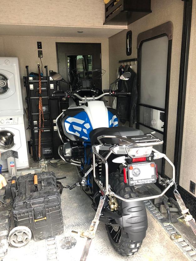 mosko-moto-motorcycle-soft-bags-dualsport-offroad-adventure-soft-luggage-pannier-duffle-ktm-bmw-klr-rackless-reckless-tank-bag-adventure-jacket-pants-jersey-BMW Atacama-6-22-18 (55)
