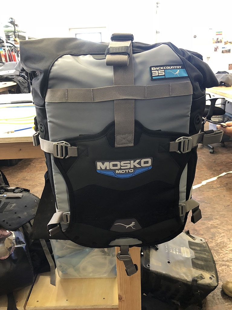 Mosko Moto Soft Bags For Offroad Dualsport Page 469 Adventure Traveltime Sl 10 03 Laptop Case Orange The Rear Pocket On V20 Is Removable These Pics Are Of Pannier Only