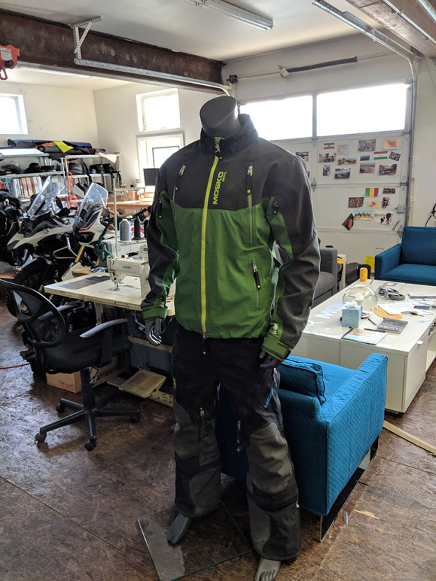 mosko-moto-motorcycle-soft-bags-dualsport-offroad-adventure-soft-luggage-pannier-duffle-ktm-bmw-klr-rackless-reckless-tank-bag-adventure-jacket-pants-jersey-BMW Atacama- 4-21-19 (9)