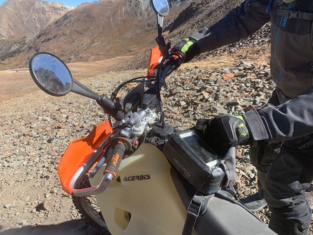mosko-moto-motorcycle-soft-bags-dualsport-offroad-adventure-soft-luggage-pannier-duffle-ktm-bmw-klr-rackless-reckless-tank-bag-adventure-jacket-pants-jersey-BMW Atacama- 11-12-19 (31)