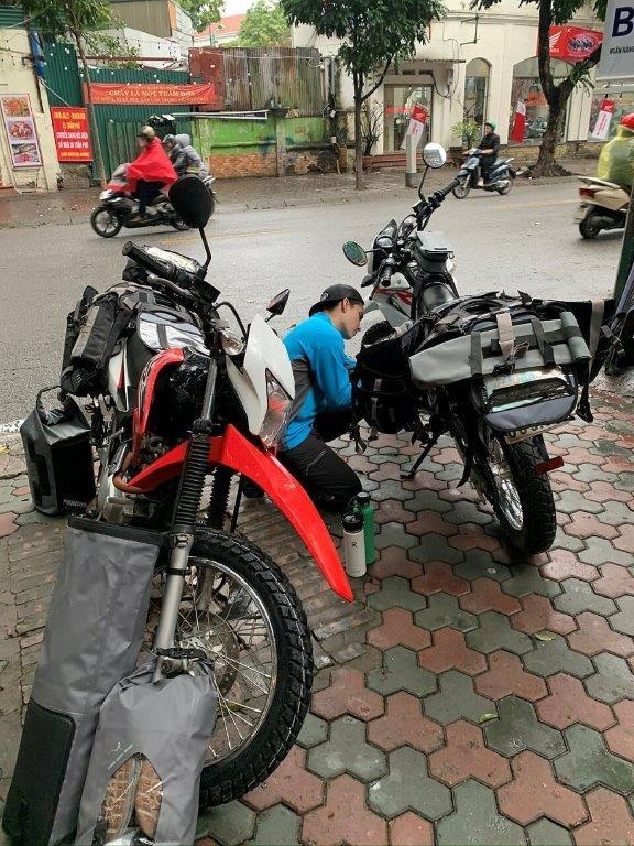 Mosko Moto Pannier Reckless Adventure Bike Motorcycle Luggage Apparel 2-21-20 (11)