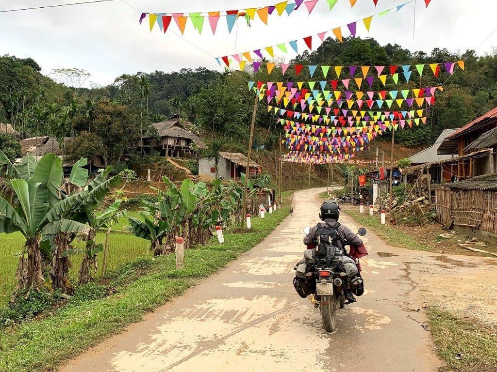 Mosko Moto Pannier Reckless Adventure Bike Motorcycle Luggage Apparel 2-21-20 (13)