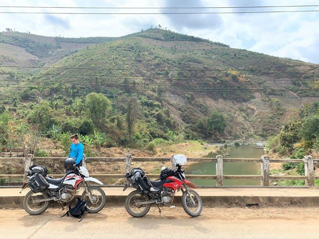 Mosko Moto Pannier Reckless Adventure Bike Motorcycle Luggage Apparel 2-21-20 (15)