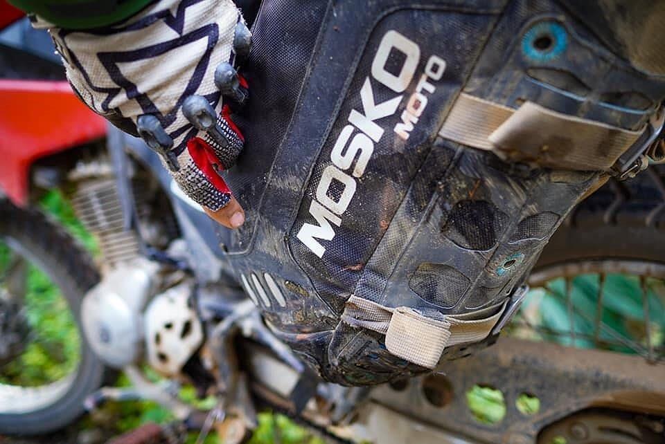 Mosko Moto Pannier Reckless Adventure Bike Motorcycle Luggage Apparel 2-21-20 (2)