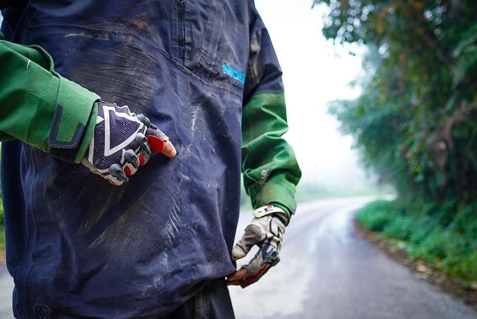 Mosko Moto Pannier Reckless Adventure Bike Motorcycle Luggage Apparel 2-21-20 (6)