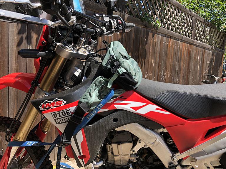 Hell On Wheels Motorcycle Skeleton Purse Bag Hanger Holder Hook